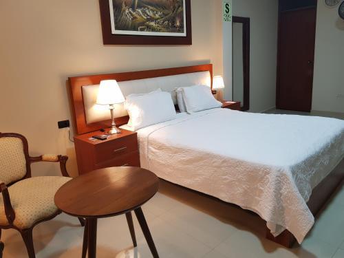 Hotel San Antonio, Bagua