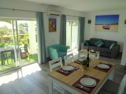 Vila Mos Beach and Pool - Ocean View Apartment (n°57-57A), Lagos