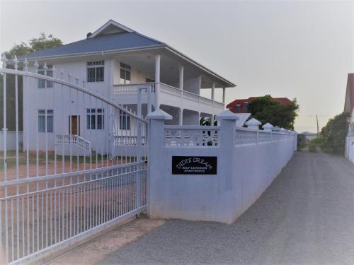 Didi's Dream apartments,