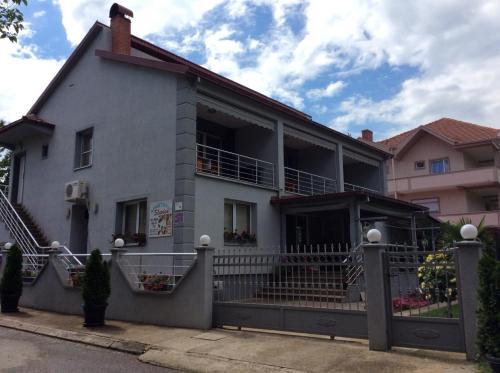 Apartment Slavica,