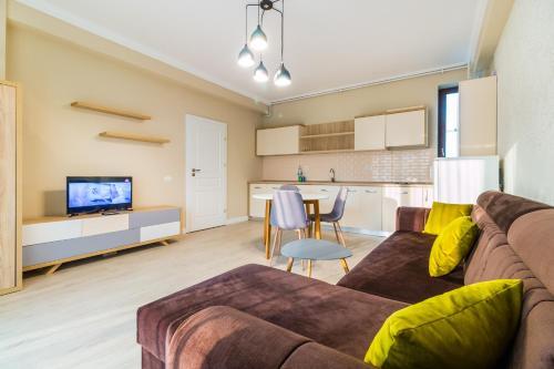 Cartagena Apartments, Navodari