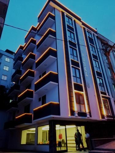 Alya Suite Hotel, Merkez