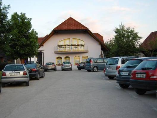 Hotel Rakar, Trebnje