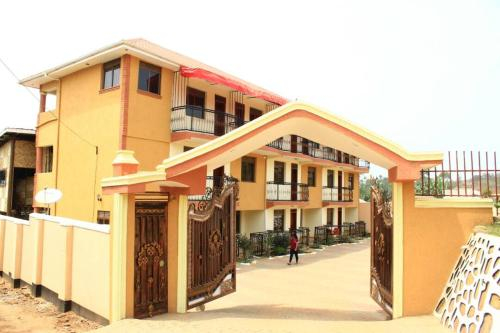 Fort Breeze Hotel, Fort Portal