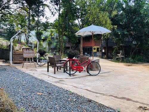 Ban Keawmora, Pang Ma Pha