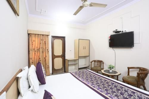 Hotel Madhu & Banquet, Ghaziabad