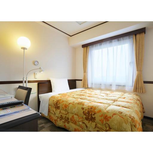 Toyoko Inn Shin-yokohama Ekimae Shinkan, Yokohama
