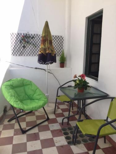 Gast House, Faro