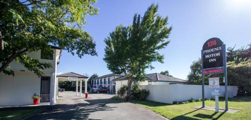 Phoenix Motor Inn, Marlborough