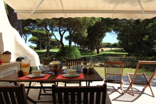 Authentic & Tranquil Villa, Cascais