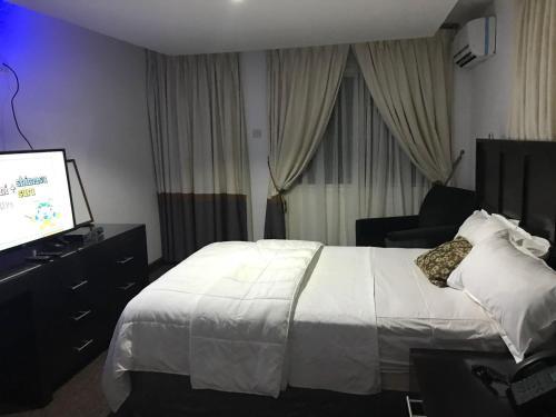 Hotel Cabenda, Western Urban