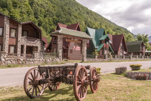 Rajsko selo Lodge,