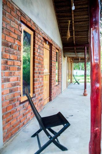 Hotel Chanaya, Ambanpola