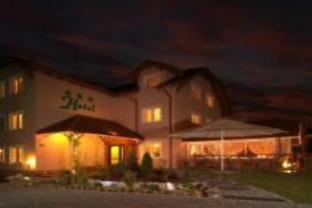 Aura Hotel, Zielona