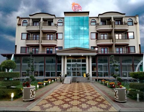 Hotel Nar,