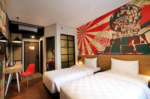 MEOTEL JEMBER by Dafam Hotel, Jember