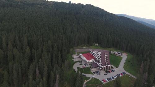Hotel Pestera Cota 1610, Moroeni