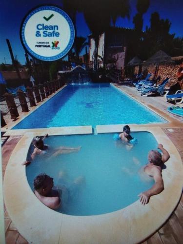 Villa Bora-Bora, Silves