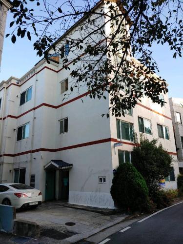 Gimhae Guest House, Gimhae