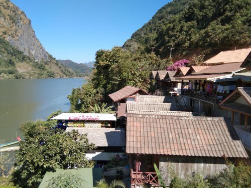 Mae Nam Ou River view, Ngoi