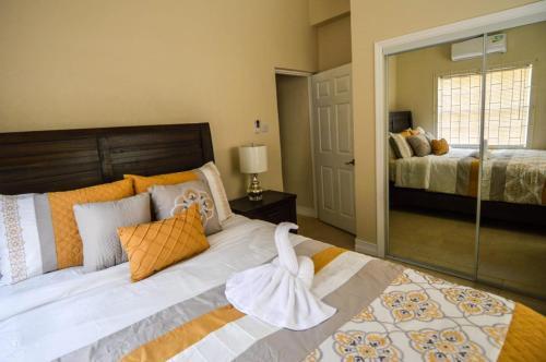 Paradise Breeze Hotel,