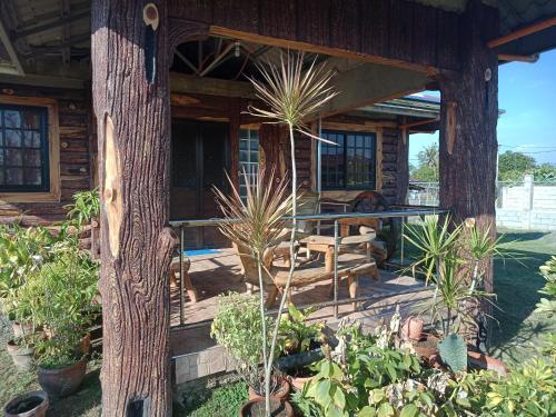Vievan's transient house, Alaminos City