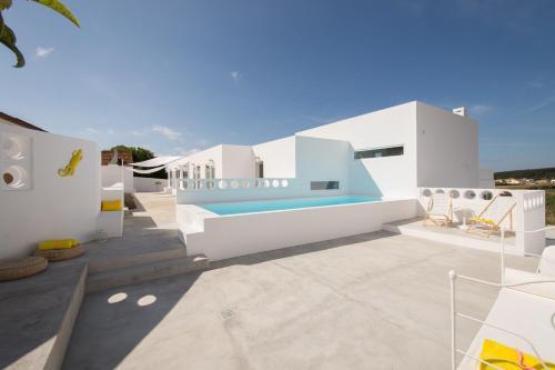 CASASUPERTUBOS® Villa 9 & Apart 1-8, Peniche