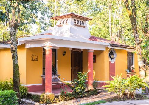Mansion Los Guichos, Santa Cruz Muluá