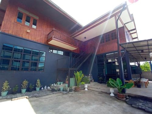 Just More Boutique Homestay Phrae, Muang Phrae