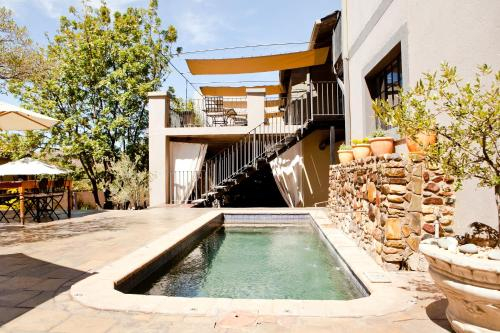 Olive Grove Guesthouse, Windhoek East