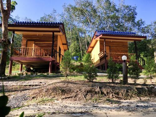 Baan Panseng Bungalow, K. Ko Kut