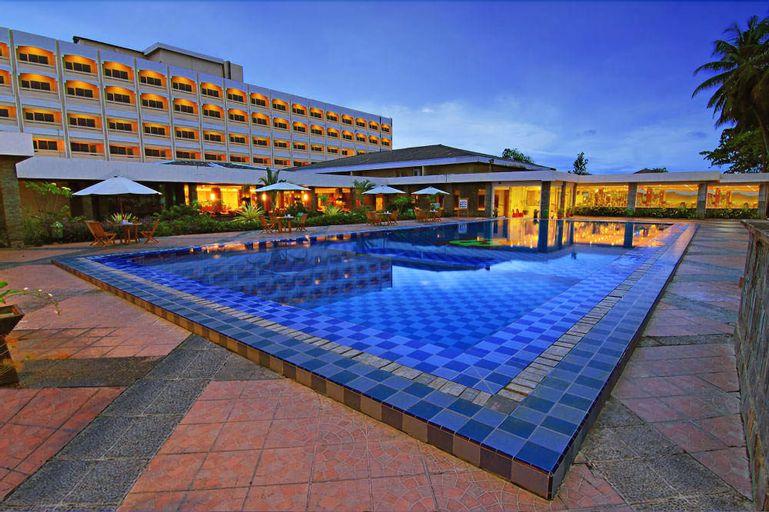 Pangeran Beach Hotel, Padang