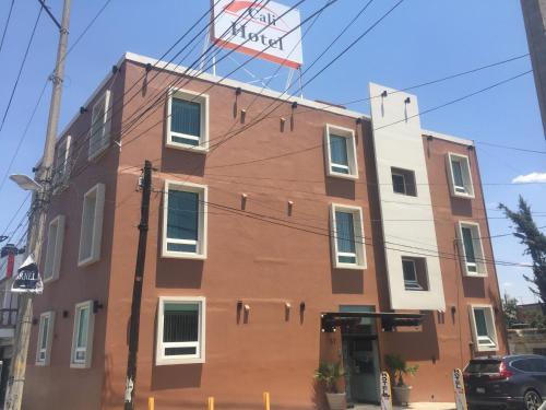 Hotel Cali Blvd., Guadalupe