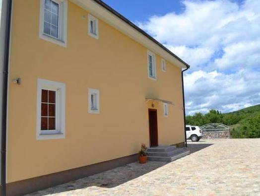 Villa Velestovo,
