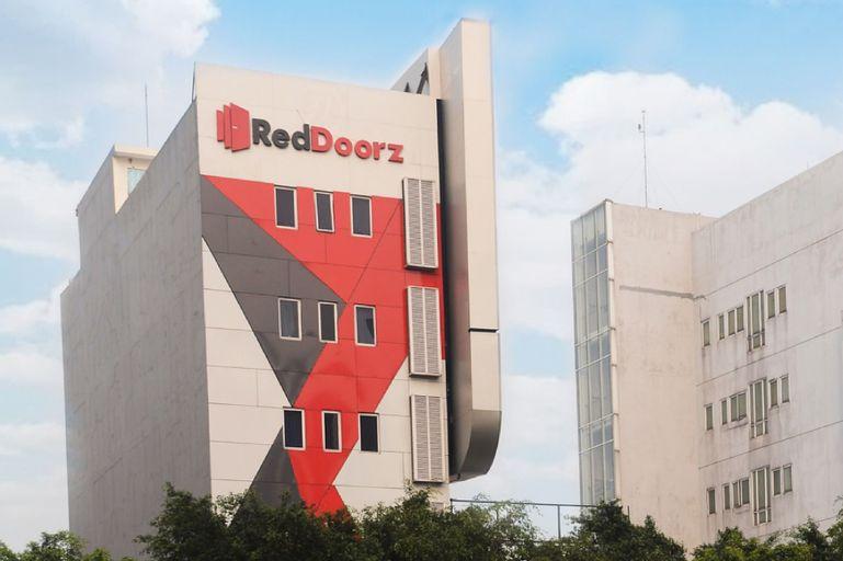 RedDoorz Plus @ Thamrin, Jakarta Pusat