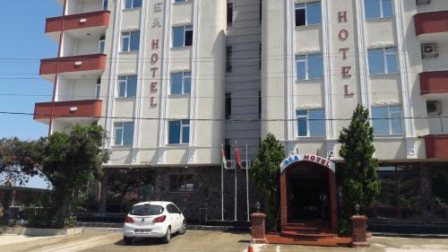 SEA HOTEL, Arsin