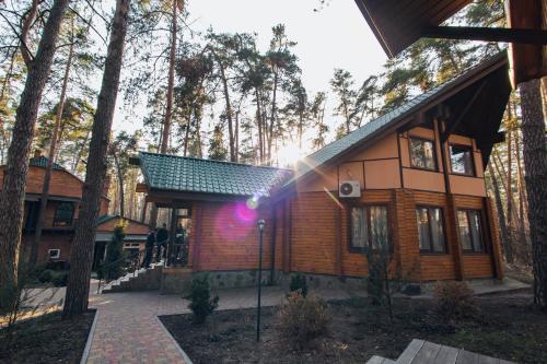 Hotel Complex Yolki-Palki, Cherkas'kyi