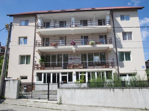 Vila Victoria, Ramnicu Valcea