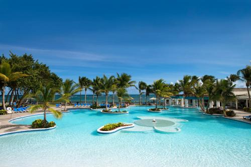 Splash at Coconut Bay Beach Resort and Spa,
