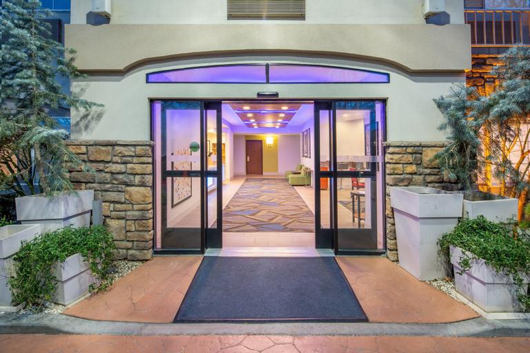 Holiday Inn Express Hotel & Suites Bishop, Inyo