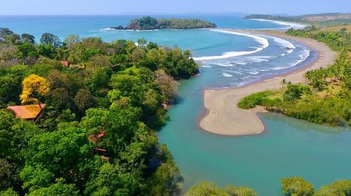 Morrillo Beach Eco Resort, Montijo