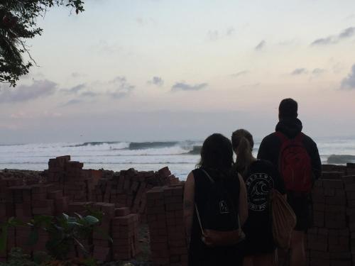 Medewi Secret SurfCamp, Jembrana