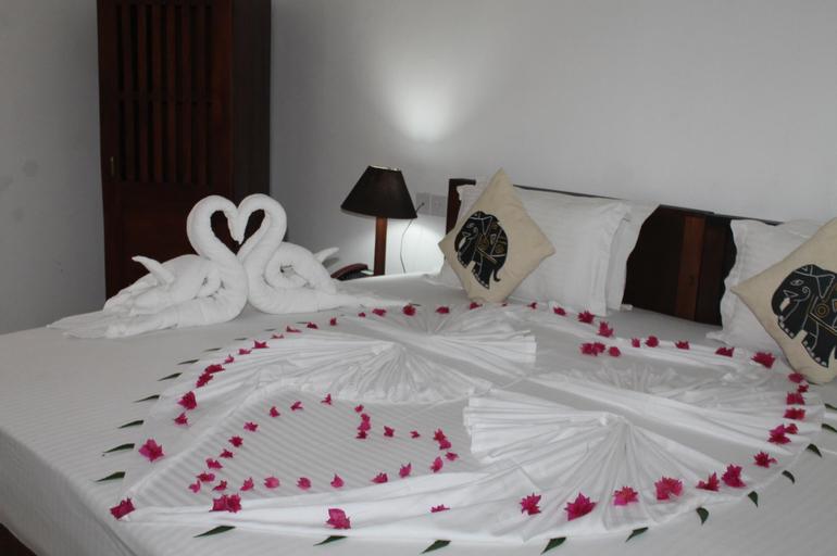 Candila Hotel & Sport Club, Palugaswewa