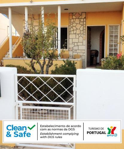 Casa d'Avo Guesthouse Ericeira, Mafra