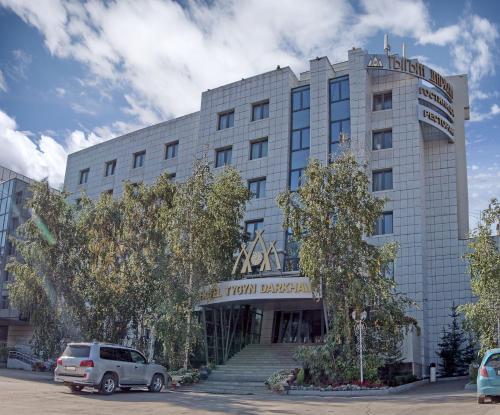 Tygyn Darkhan Hotel, Yakutsk gorsovet