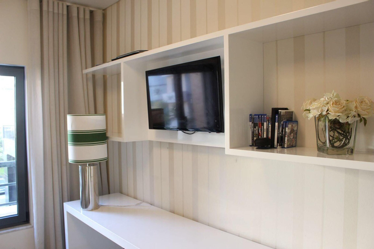 Apartment with 2 bedrooms in Lisboa with shared pool enclosed garden and WiFi, Lisboa