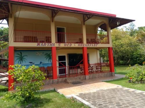 HOTEL MARTHAS BED AND BREAKFAST, Laguna de Perlas