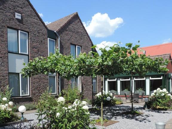 Hotel Ekamper, Eemsmond