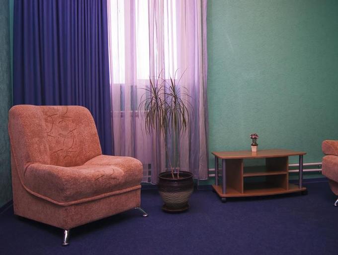 Hotel-Club 12 Feet, Yurginskiy rayon
