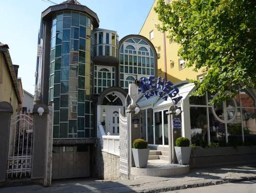 Hotel Zeneva, Kragujevac